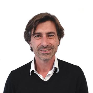API, Louis Roques, responsable développement commercial