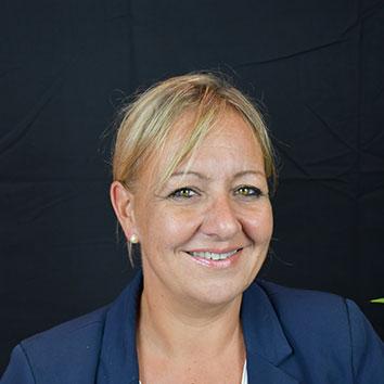 Karen Azaïs, Manager de l'agence A.P.I. de Mazamet